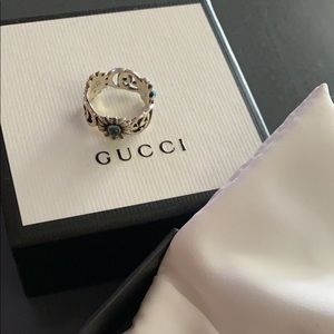 GUCCI Ring Size 7.5